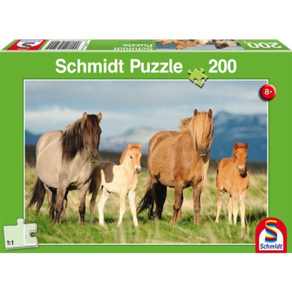 Puzzle 200 db-os - Lócsalád- Schmidt 56199
